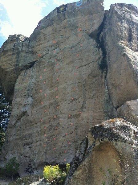 piedra pintada is the main developed area with three routes all in the 5.11 -5.12 range.<br> it is believed the army developed the area