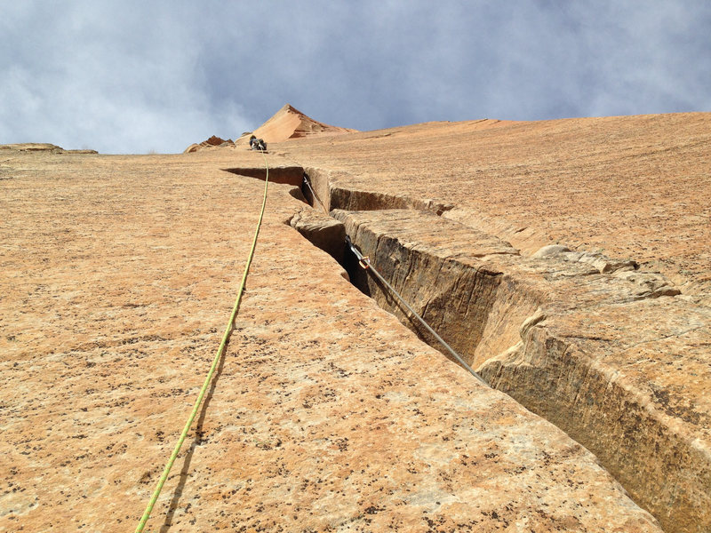 Pitch 13, the headwall hand crack.