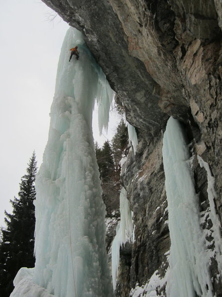 Some badass free soloing The Fang with the rope to rap off. Seriously fat conditions this year.