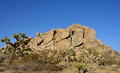 Rock Climbing Photo: Monkey Dome South Face