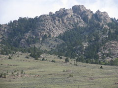 Rock Climbing Photo: Sellers Mtn.  The walk up approach is thru the gul...