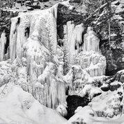 Rock Climbing Photo: Chris Vultaggio heading up Plattekill falls