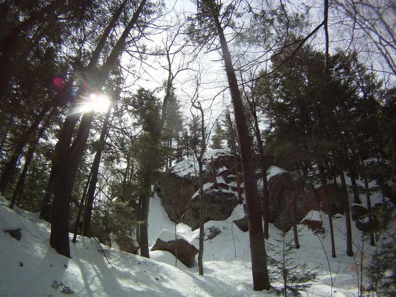 Rock Climbing Photo: Backside of Lakeside Crag, on the path back to Rou...