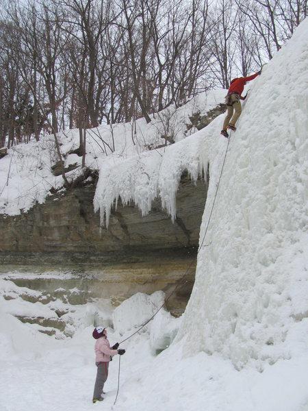 Rock Climbing Photo: Ivy Falls 28Feb14  Super fat!  Peter Lenz leading,...