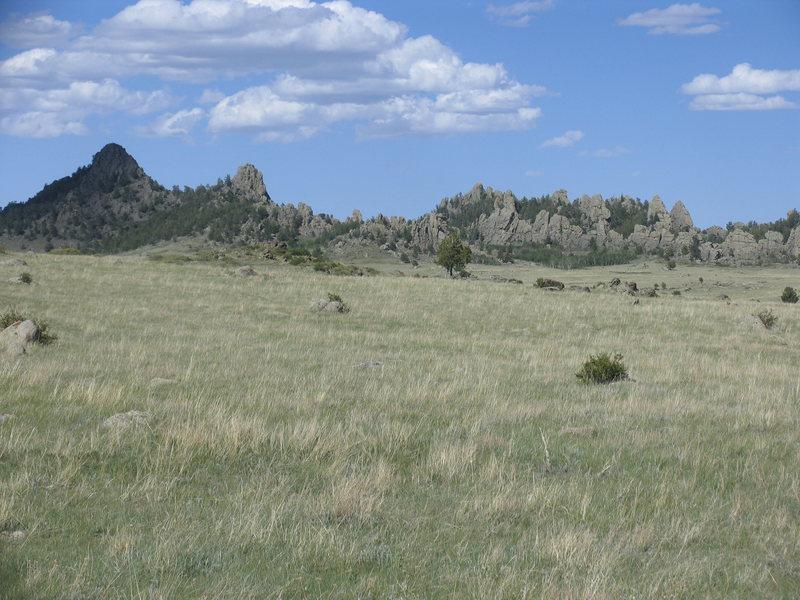 Rock Climbing Photo: A closer view of Ragged Top climbing Area