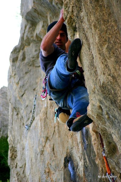 Climber: Emrah Ozbay<br> 5.11c Route: The perfect storm