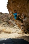 Rock Climbing Photo: Luke Lydiard on The Hulk, Happy Boulders, Bishop, ...