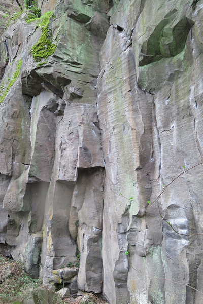 Jumping Jack Thrash is the dihedral at the center of the picture.  Metolius rap hangers can be seen at the top.<br> <br>
