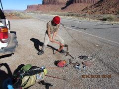Rock Climbing Photo: chopping some chain..