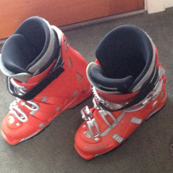 Garmont Adrenaline AT Boots in 28 (great condition, liners baked only once)