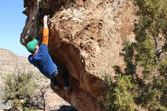 Rock Climbing Photo: Moving toward the topout.