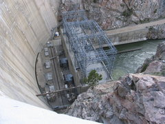 Rock Climbing Photo: Seminoe Dam in Seminoe Canyon is anchored into the...