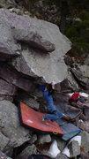 Rock Climbing Photo: Ian cutting feet(the battle cry move).