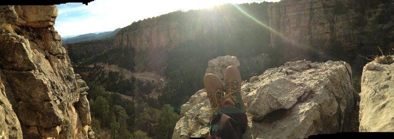 Rock Climbing Photo: Atop Cactus Cliffs at Shelf Road.
