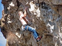 Rock Climbing Photo: Mike Arechiga on,Chain Gang.5.12a