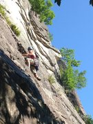 Rock Climbing Photo: Heather Selitrennikoff leading P1 of Thin Air, Cat...