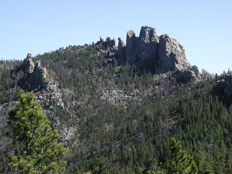 Rock Climbing Photo: A look at some of the pinnacles on the top ridge o...