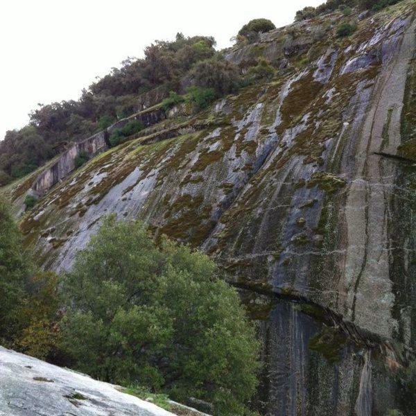 Rock Climbing Photo: Looking left (east) on Gutenberger Wall.