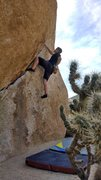 Rock Climbing Photo: Working the chube V2 with a sketchy top out