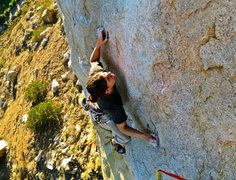 Rock Climbing Photo: Erik serious about his FA of Thunder Bunny at the ...