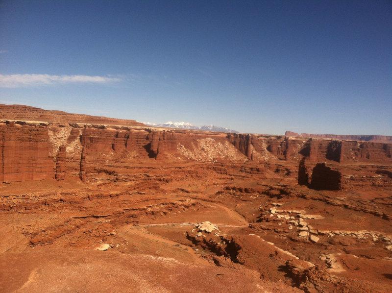 Rock Climbing Photo: Monument Basin