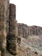 Rock Climbing Photo: Awesome chimney.  Stem, chimney, or face climb it!