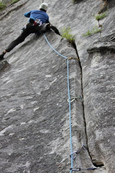 Rock Climbing Photo: GEAR BETA ALERT, Black Alien and Grey Metolius Off...