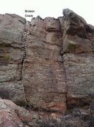 Rock Climbing Photo: Broken Crack & adjacent routes.