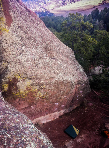 Rock Climbing Photo: It's pretty tall! Overhanging Hand Traverse.