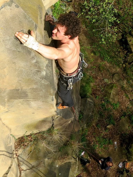 Jan-Thijs climbs the crux of Eifel Rock