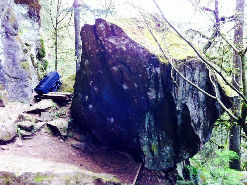 Rock Climbing Photo: Classic Overhang V3