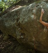 Rock Climbing Photo: Climber here is on Shake Joint. Red line indicates...