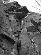 Rock Climbing Photo: Go right underneath the overhangs.  You can traver...