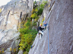 Rock Climbing Photo: Rapid Transit, Thin Air Face, Cathedral Ledge, NH