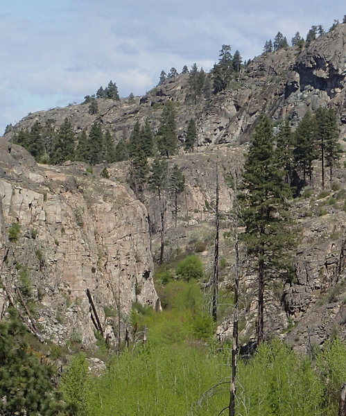 Rock Climbing Photo: Hidden Valley from the south