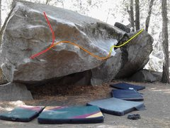 Rock Climbing Photo: Unnamed V3 in red
