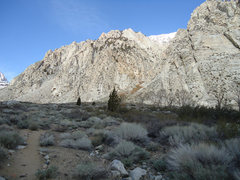 Rock Climbing Photo: Trail from the parking turnout. After about 100 ya...