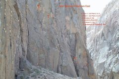 Rock Climbing Photo: Topo to Narrow East
