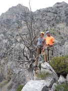 Rock Climbing Photo: Above the third pitch by the big dead tree