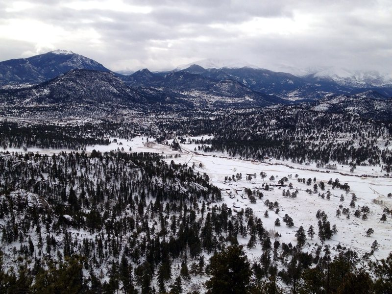 Rock Climbing Photo: Estes Park valley after a winter ascent of Cackle ...