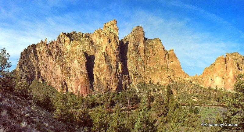 Rock Climbing Photo: Smith Rock Group