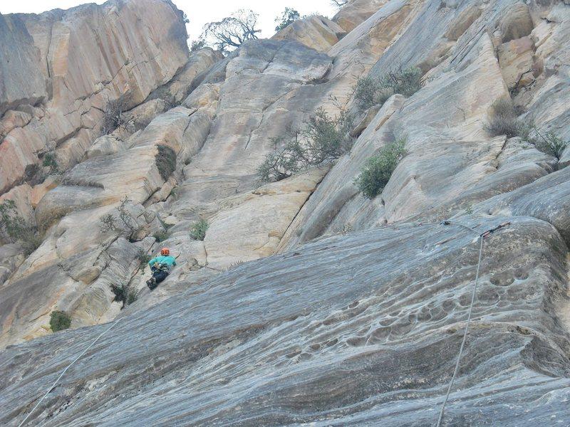 Rock Climbing Photo: Moving in below the upper headwall