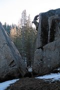 Rock Climbing Photo: Split Rock V4