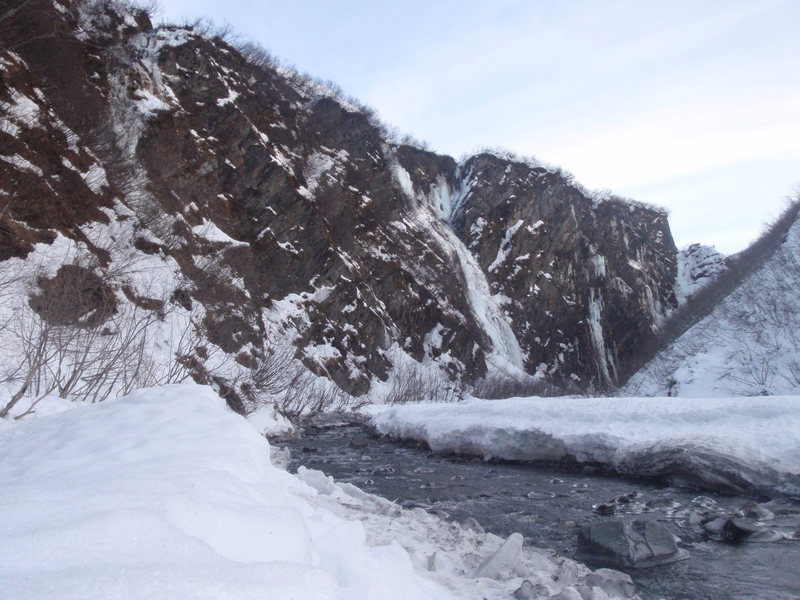 Rock Climbing Photo: As you approach the climbs from the river bed this...