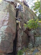 Rock Climbing Photo: Climbing a chimney on the north side of the Frigat...