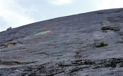 Rock Climbing Photo: Approximate topo of P1. Red is assumed line, green...