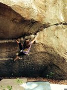 Rock Climbing Photo: Stonefort Midway V7
