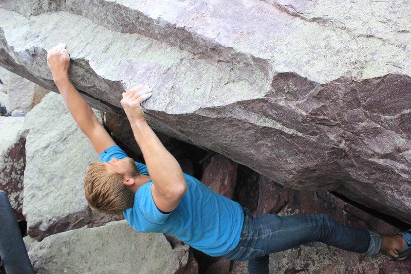 Rock Climbing Photo: Ben Strobel gains the lip on Minnesota V10
