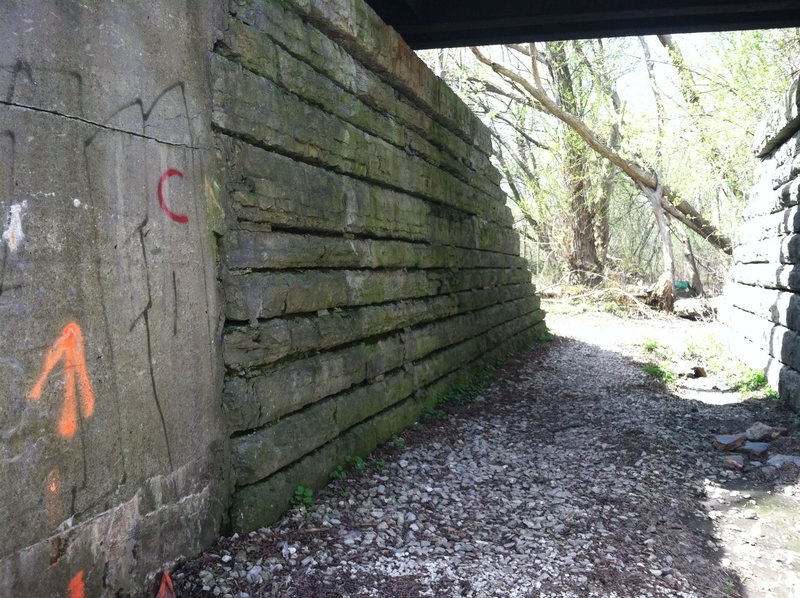 Rock Climbing Photo: The climb is on the left side of the trail. Above ...
