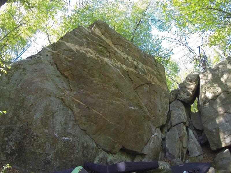 Rock Climbing Photo: Gamera Boulder
